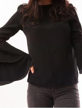 Bluza Dama Cu Maneca Clopot Cu Volanase Neagra