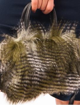 Geanta Dama Cu Blanita Artificiala Kaki Si Gri
