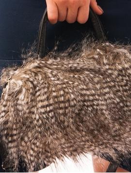Geanta Dama Cu Blanita Artificiala Kaki Si Negru