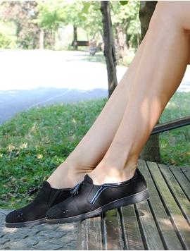 Pantofi Dama Cu Elastic Si Ciucure Negri