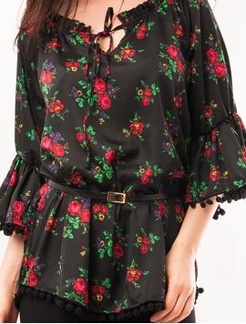 Bluza Dama Cu Model Floral, Ciucuri Si Curea Neagra