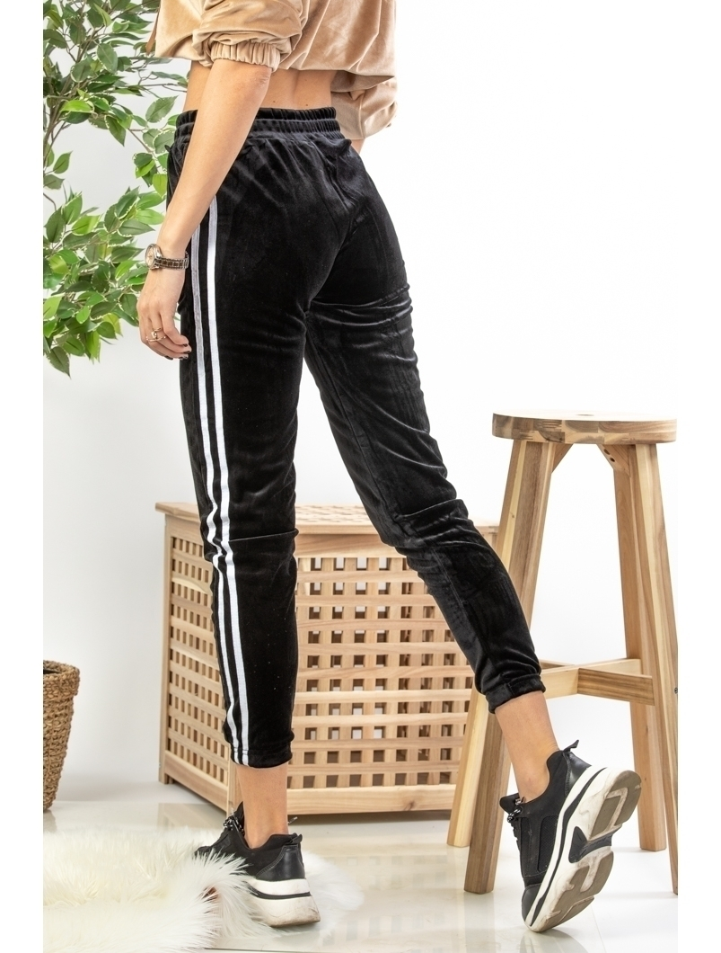 Pantaloni Dama Yvette Negru