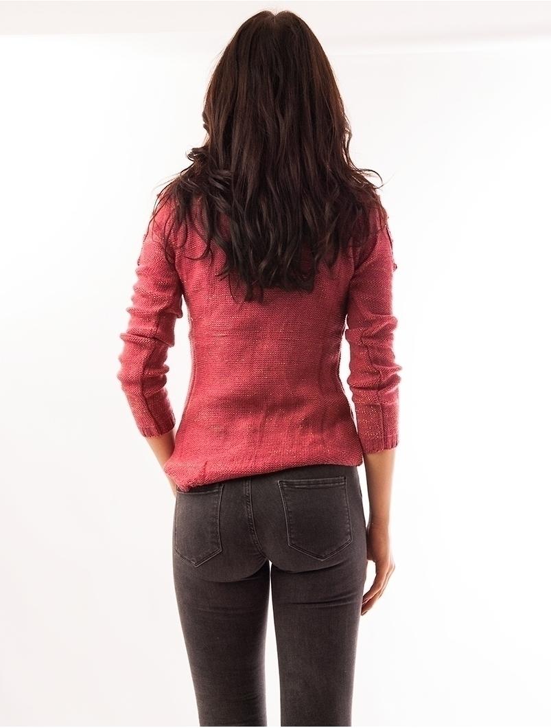 Pulover Dama Cu Fir Auriu Si Umeri Decupati Roz