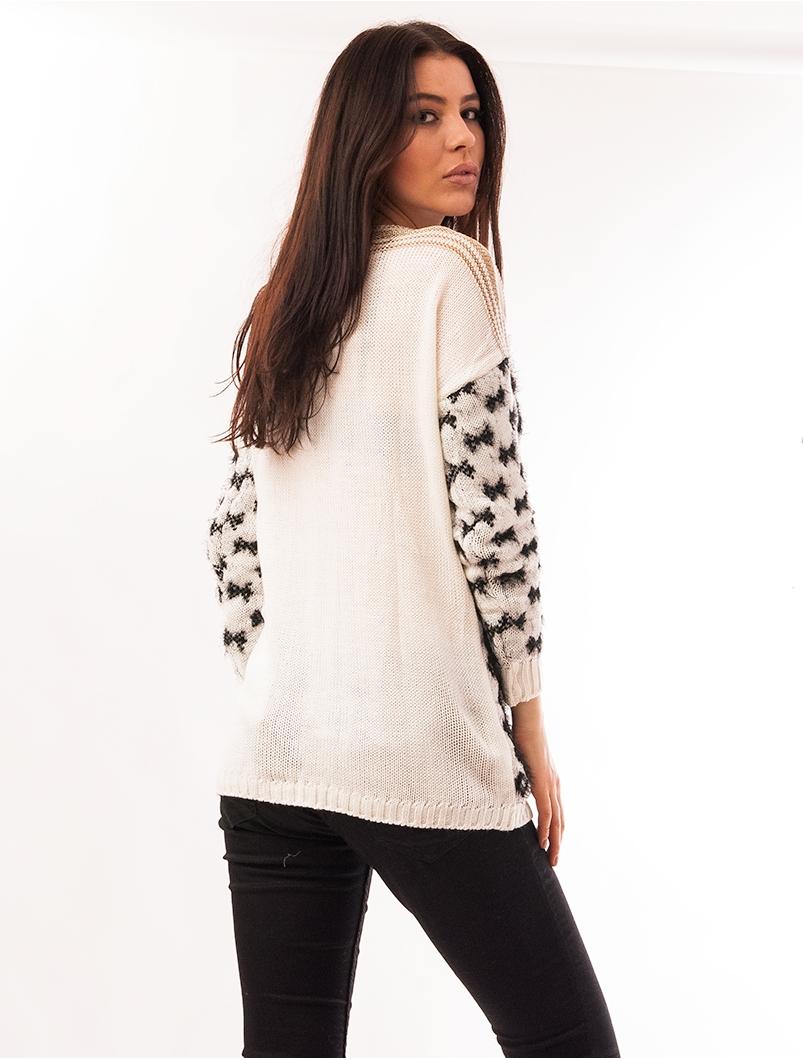 Pulover Dama Cu Model In Fata Code Alb Si Negru