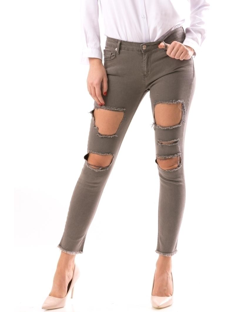 Damaged Jeans