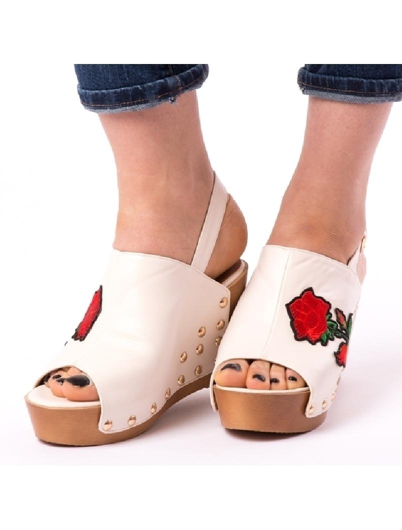 Sandale Dama Cu Broderie Fancy Bej