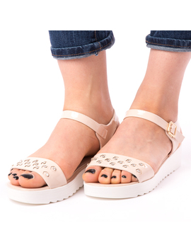 Sandale Dama Lacuite Cu Strasuri Bej-2