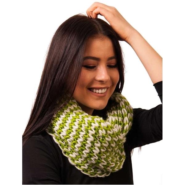 Fular Dama Circular Tricotat Verde Si Alb